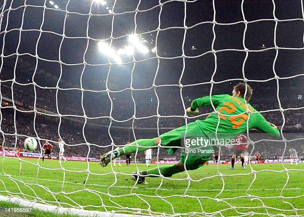 Maarten Stekelenburg goalkeeper of Roma is beaten by Zlatan Ibrahimovic of Milan as he scores a goal from the penalty spot during the Serie A match...