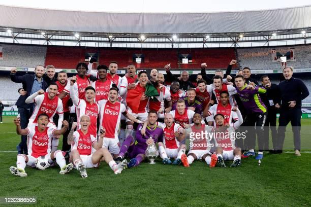 Maarten Stekelenburg of Ajax, Jurrien Timber of Ajax, Edson Alvarez of Ajax, Davy Klaassen of Ajax, Ryan Gravenberch of Ajax, Dusan Tadic of Ajax,...