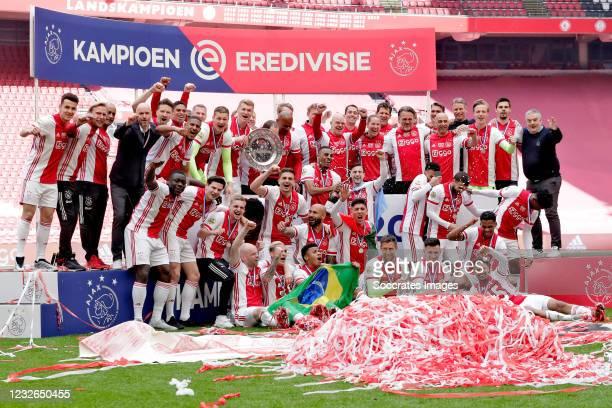 Maarten Stekelenburg of Ajax, Jurrien Timber of Ajax, Perr Schuurs of Ajax, Edson Alvarez of Ajax, Sean Klaiber of Ajax, Davy Klaassen of Ajax, David...