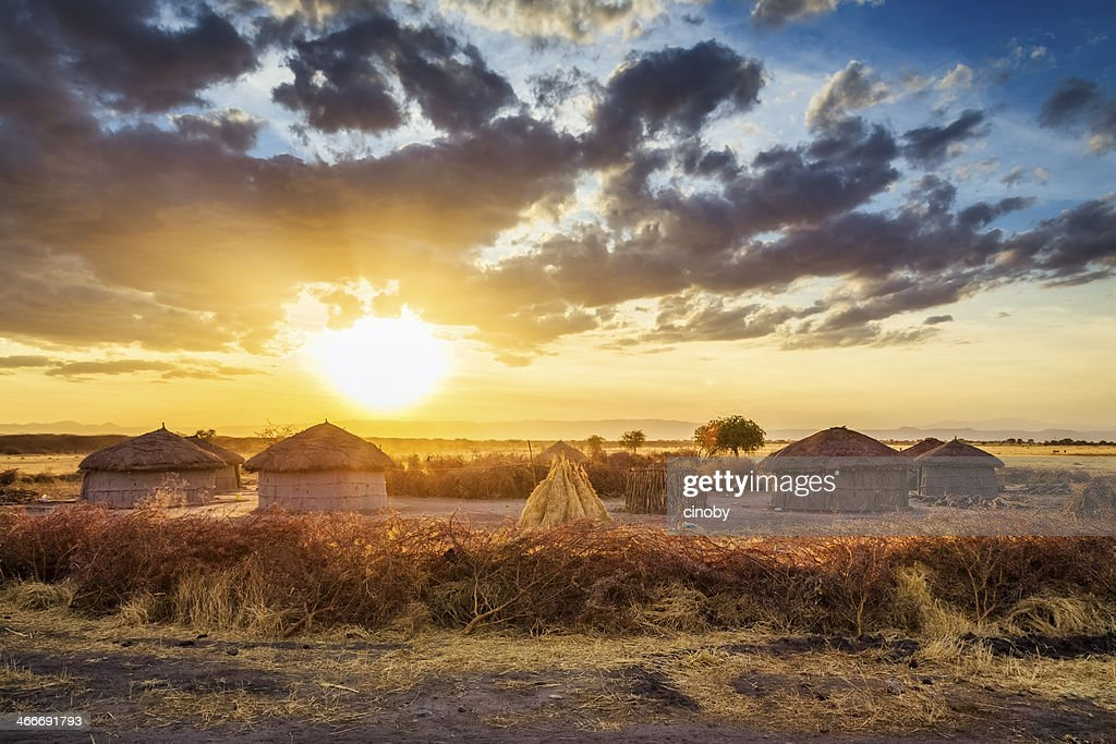 Maasai village by Sunset - Tarangire National Park : Stockfoto