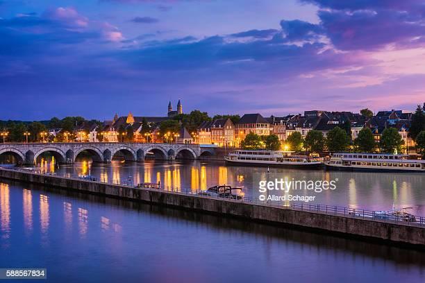 maastricht and maas river around sunset - マーストリヒト ストックフォトと画像
