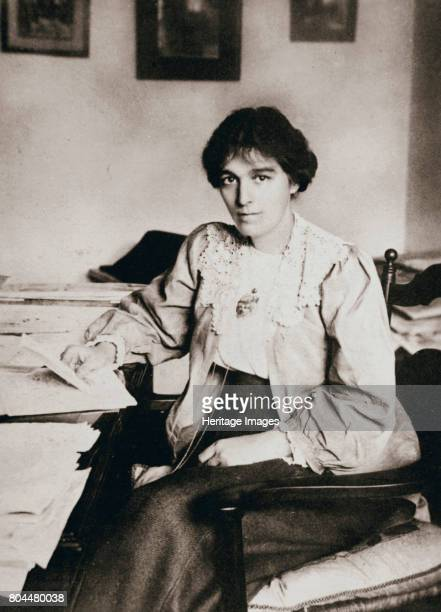 Mabel Tuke Joint Honourary Secretary of the Women's Social and Political Union c1908 Mabel Tuke also known as Pansy joined the WSPU in 1906 and...