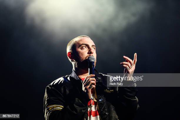 Mac Miller performs on the Camp Stage during day 1 of Camp Flog Gnaw Carnival 2017 at Exposition Park on October 28 2017 in Los Angeles California