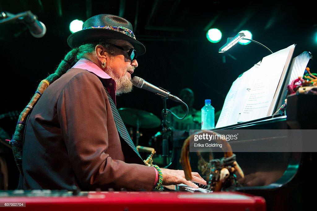 Dr. John In Concert - New Orleans, Lousiana : ニュース写真