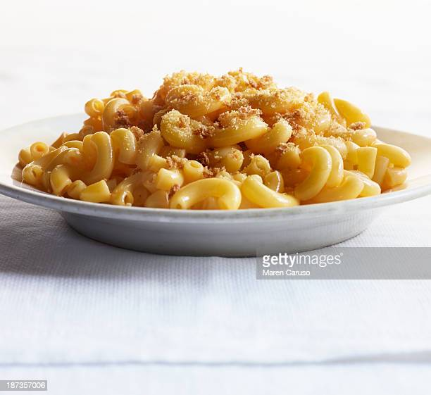 Macaroni and Cheese with Breadcrumbs