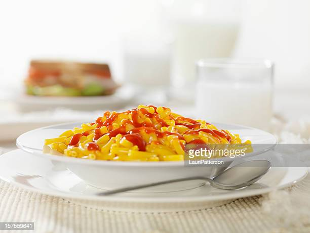 macaroni and cheese with ketchup - ketchup stock photos and pictures