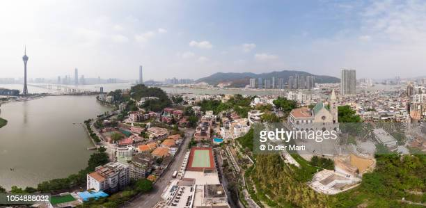 macau panorama with macau tower and penha church - macao fotografías e imágenes de stock