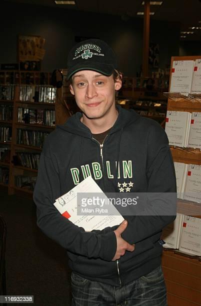 "Macaulay Culkin during Macaulay Culkin Signs His Book ""Junior"" at Borders Books, Del Amo Mall in Torrance, California, United States."