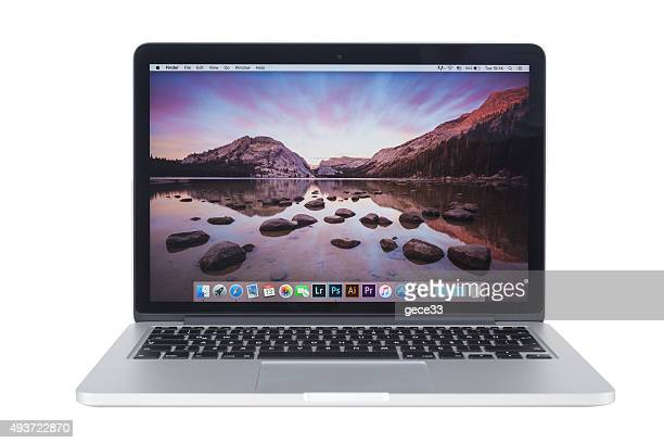 MacBook Pro Retina with Yosemite 5 on the screen
