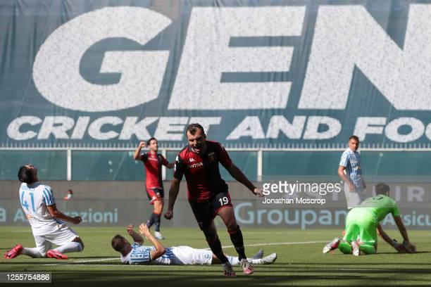 Macedonian striker Goran Pandev of Genoa CFC celebrates after scoring to give the side a 1-0 lead during the Serie A match between Genoa CFC and SPAL...