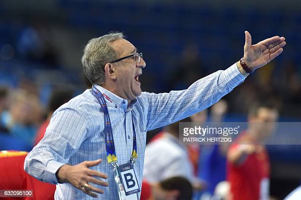 Macedonia's head coach Lino Cervar gives his instructions during the 25th IHF Men's World Championship 2017 Group B handball match Macedonia vs...