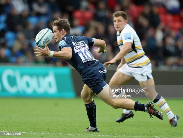 MacGinty of Sale Sharks catches the ball during the Gallagher Premiership Rugby match between Sale Sharks and Worcester Warriors at the AJ Bell...