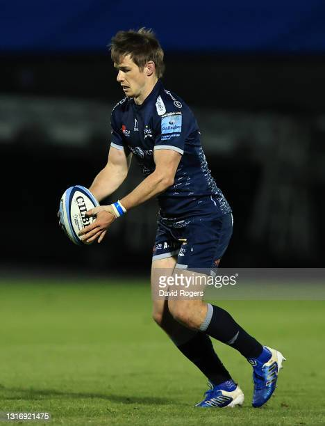 MacGinty of Sale Sharks runs with the ball during the Gallagher Premiership Rugby match between Sale Sharks and Leicester Tigers at AJ Bell Stadium...