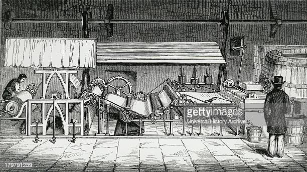 Machine for making continuous roll of paper Engraving c1845'