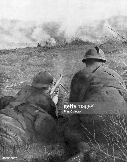 Machine gunners at the edge of Hangard Wood Picardy France 28 April 1918 Hangard Wood was the site of fierce fighting in April 1918 during the German...