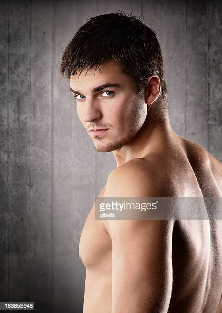 macho guy - desnudos masculinos fotografías e imágenes de stock