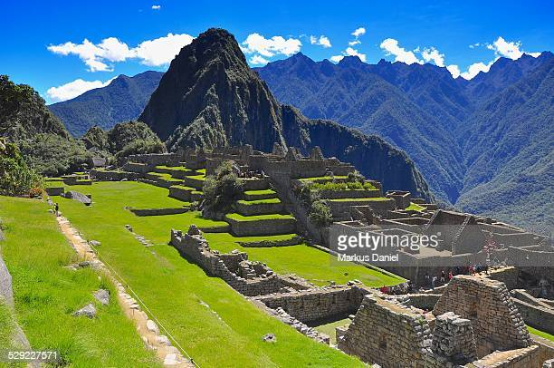 """machu picchu and mt. huayna picchu - """"markus daniel"""" stock pictures, royalty-free photos & images"""