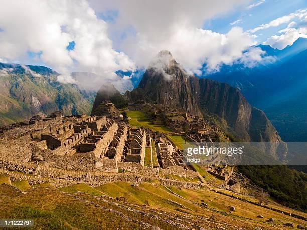machu picchu, peru - bezirk cuzco stock-fotos und bilder