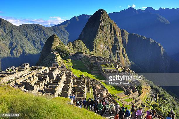 """machu picchu with tourists - """"markus daniel"""" stock pictures, royalty-free photos & images"""
