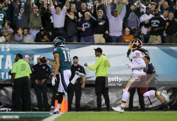 Mack Hollins of the Philadelphia Eagles scores a 64yard touchdown against the Washington Redskins during the second quarter of the game at Lincoln...