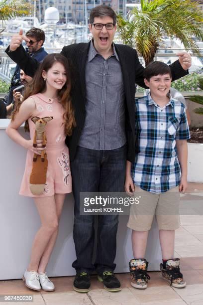 Mackenzie Foy, le réalisateur Mark Osborne et Riley Osborne lors du photocall du film 'Le Petit Prince' pendant le 68eme Festival du Film Annuel au...