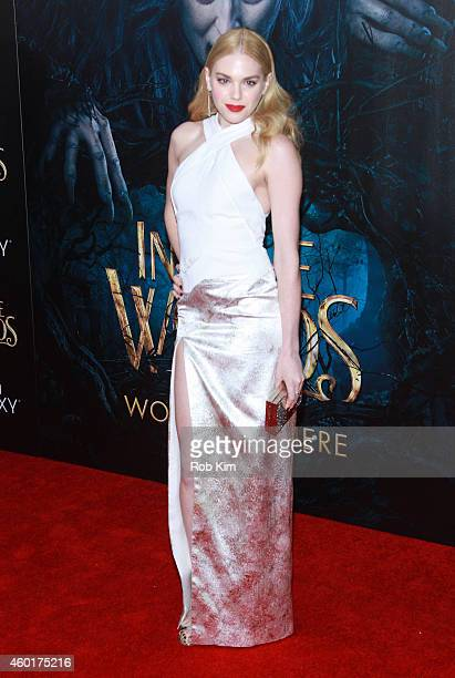 MacKenzie Mauzy attends 'Into The Woods' World Premiere Outside Arrivals at Ziegfeld Theater on December 8 2014 in New York City
