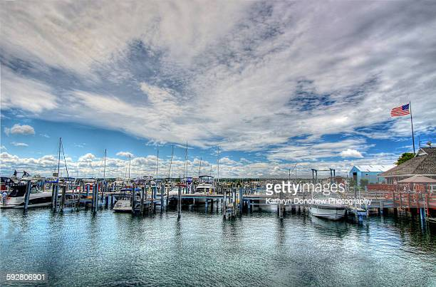 mackinac city marina - mackinac island stock pictures, royalty-free photos & images
