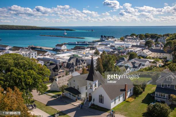 mackinaw island town view - michigan stock pictures, royalty-free photos & images