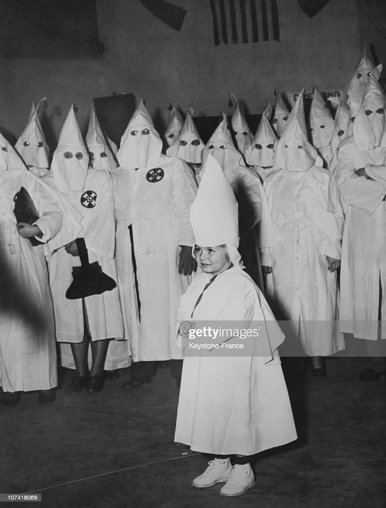Macon, Ku Klux Klan Initiation Ceremony In Georgia : News Photo