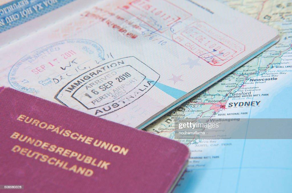 マクロのご到着時には、オーストラリアのパスポートスタンプ : ストックフォト