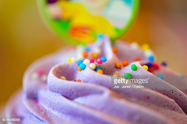 macro shot of cupcake - icing stock pictures, royalty-free photos & images