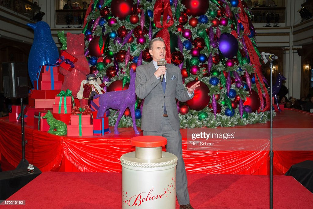 Macy\'s Celebrates 110th Annual Great Tree Lighting With Special ...