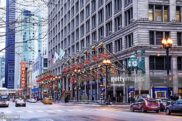 decorações de natal na macy's em chicago - macy's - fotografias e filmes do acervo