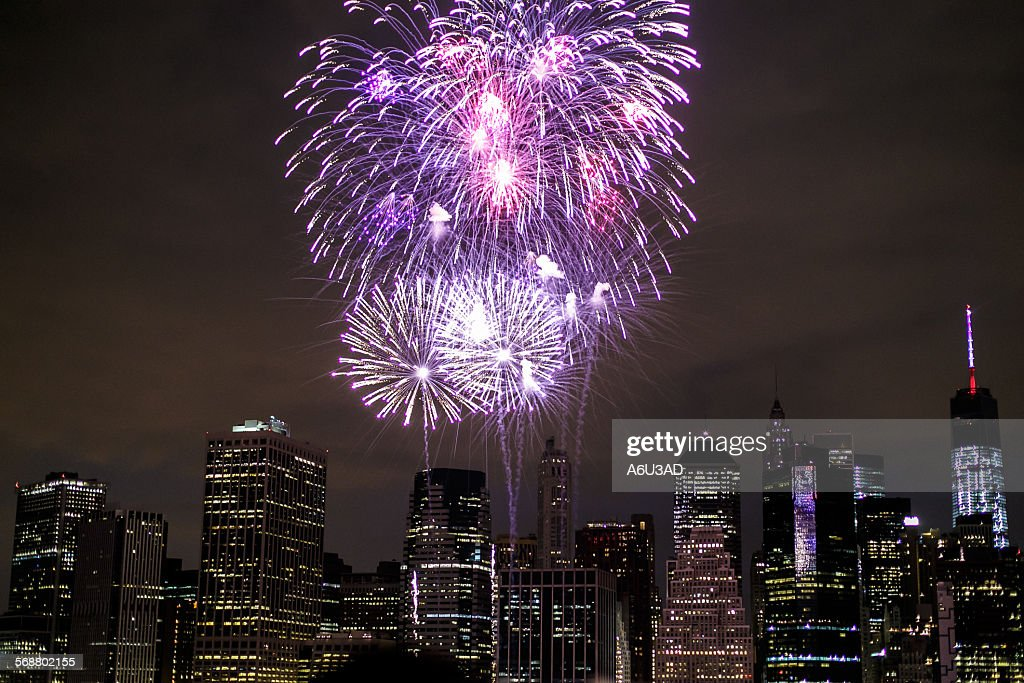 Macy´s Fireworks 4th of July in NY : Stock Photo