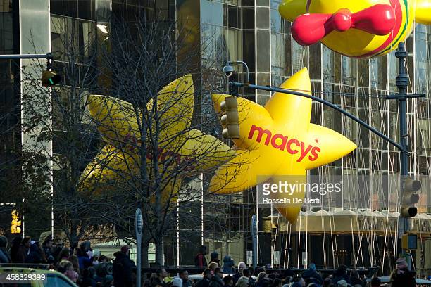 macy's thanksgiving day parade, stars - thanksgiving parade stock photos and pictures