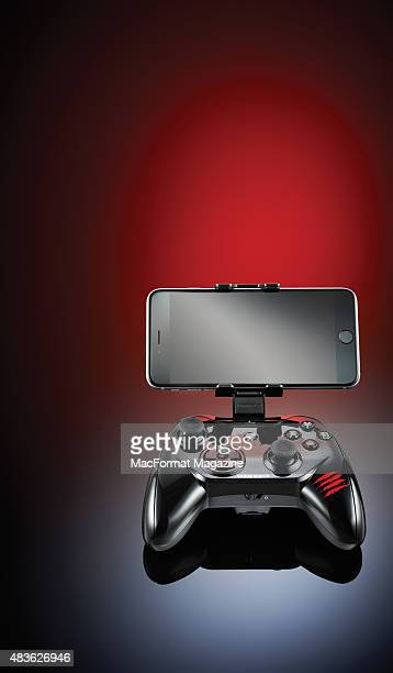 A Mad Catz CTRLi mobile gamepad with an Apple iPhone 6 taken on December 4 2014