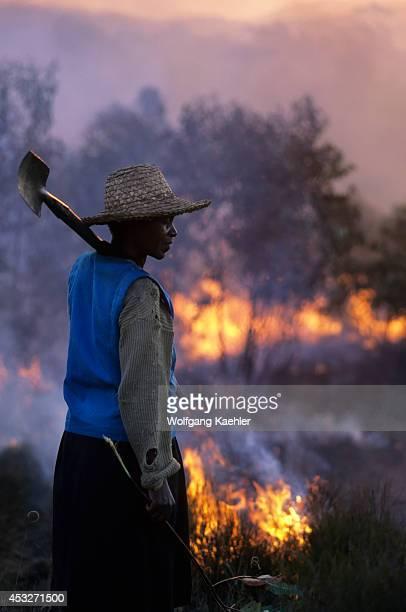 Madagascar Near Mantasoa Farmers Burning Land Woman