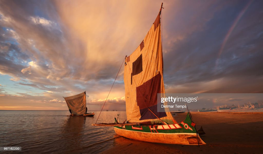 Madagascar, traditional pirogue : Stock-Foto