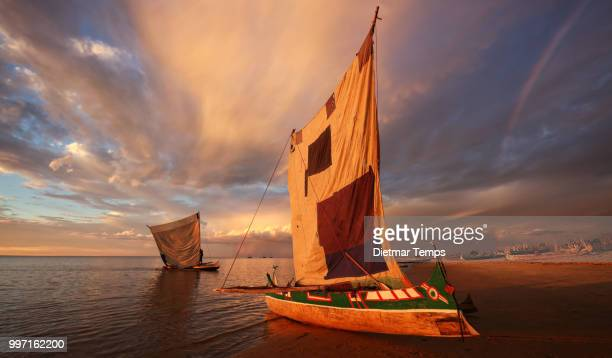madagascar, traditional pirogue - dietmar temps stock photos and pictures