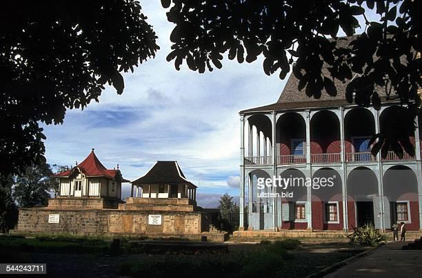 Rova die Koenigspalaeste der Merina Dynastie auf dem hoechsten Huegel der Hauptstadt Antananarivo