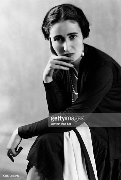 Madame Blandine de Prevauxnee OllivierGreatgranddaughter of Franz Liszt Portrait 1929 Photographer Karl Schrecker Published by 'Der Querschnitt'...
