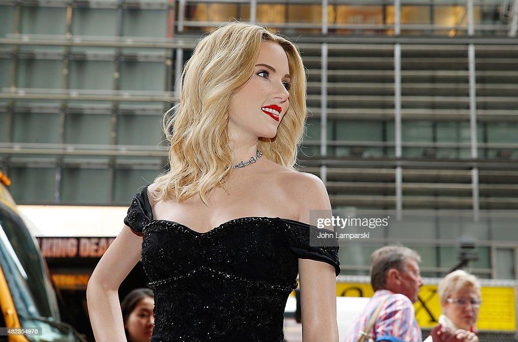 Madame Tussauds New York Unveils Scarlett Johansson Wax Figure : News Photo