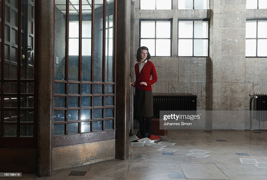 Sophie Scholl Wax Figure In Munich : Fotografía de noticias