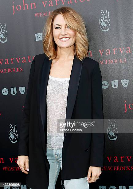 Madchen Amick attends John Varvatos International Day of Peace with Ringo Starr at John Varvatos Boutique on September 21 2014 in West Hollywood...