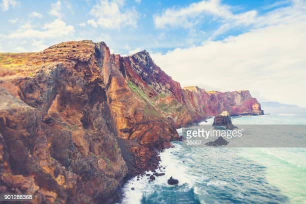 isla de madeira - costa del este península ponta de sao lourenco - madeira island fotografías e imágenes de stock