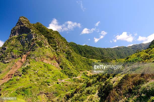 Madeira North Coast Mountains pour faire de la randonnée au printemps