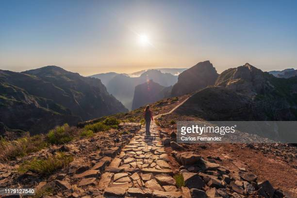 madeira, pico arieiro and pico ruivo path - lareira stock pictures, royalty-free photos & images
