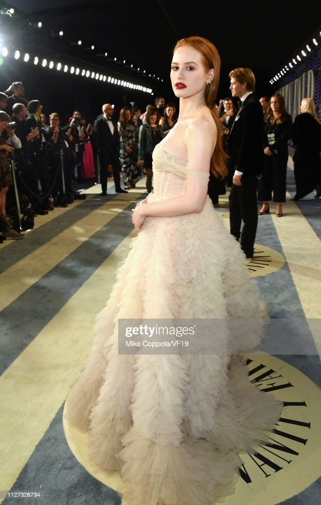 2019 Vanity Fair Oscar Party Hosted By Radhika Jones - Roaming Arrivals : News Photo