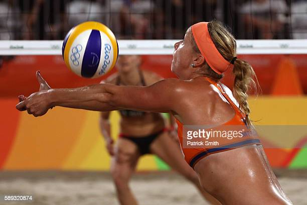 Madelein Meppelink of Netherlands plays a shot during a Women's Round of 16 match between Netherlands and Switzerland on Day 8 of the Rio 2016...