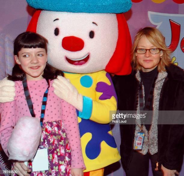 Madeleine Martin JoJo and Jodie Foster